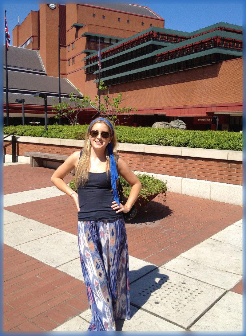Caitlin O at the British Library